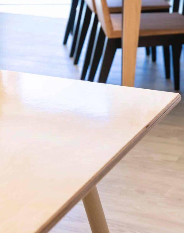 Piirrettävän työpöydän pinta