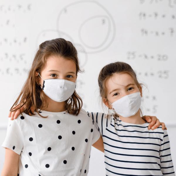 Antimikrobista tussitaulumaalia koulukaytossa